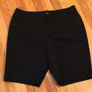 Black walking shorts 9' inseam